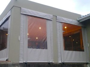 Rope Pulley Blind - clear windows all around