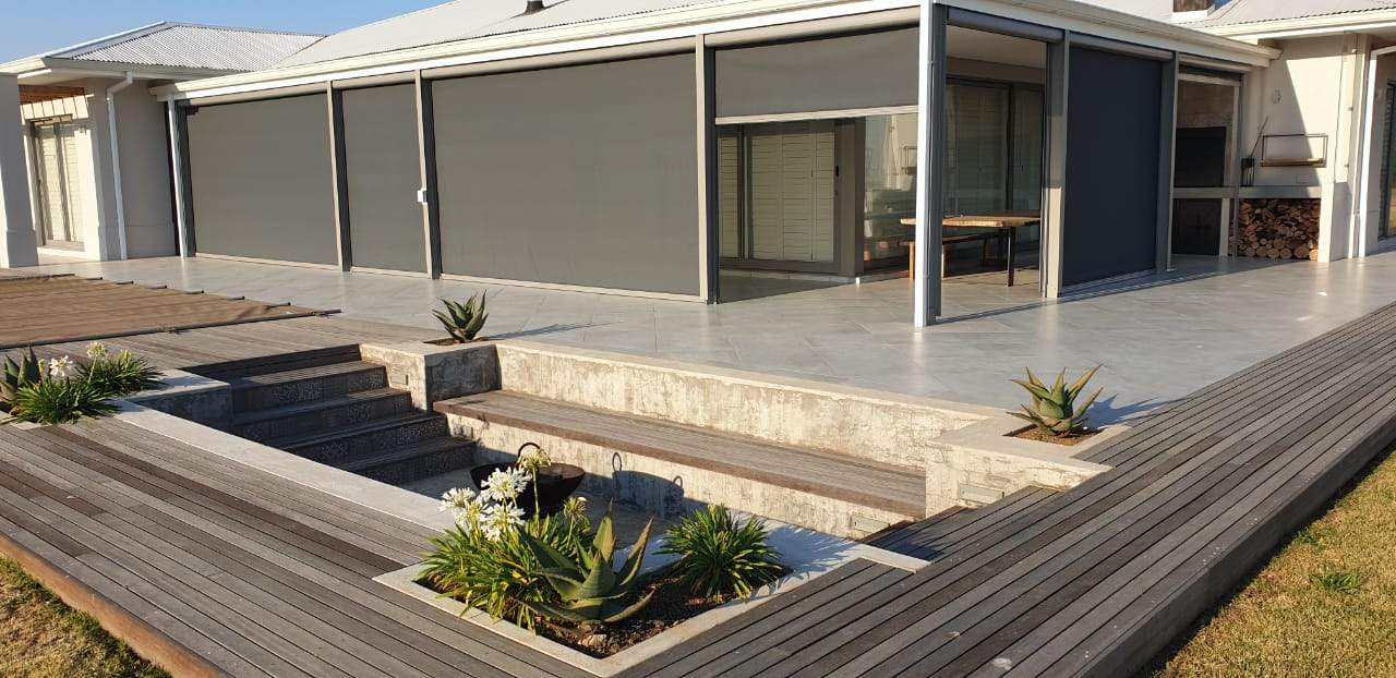 Slidetrack Blinds - chic shade solution for your outdoor areas