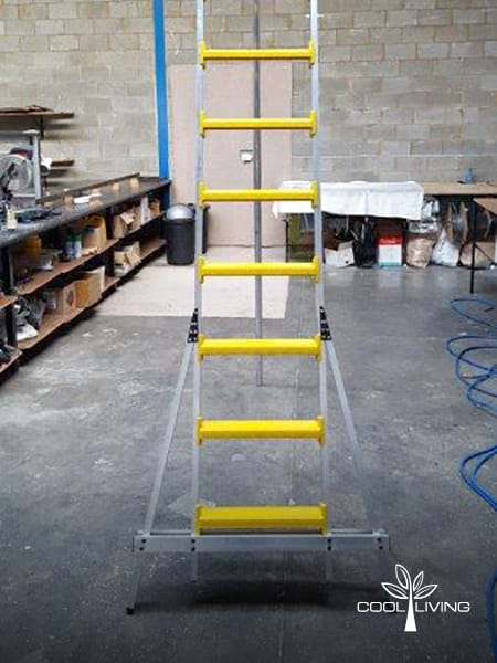 StepUp ladder single broad step size from bottom to top step