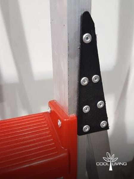 Ladder glass filled nylon angle plate securing base and accommodating torsional stress